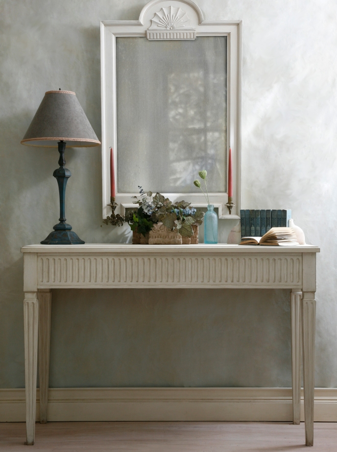 Gustavian fluted table_4046cr