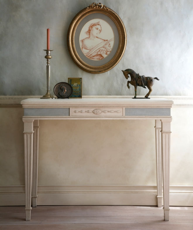 Gustavian table_4073