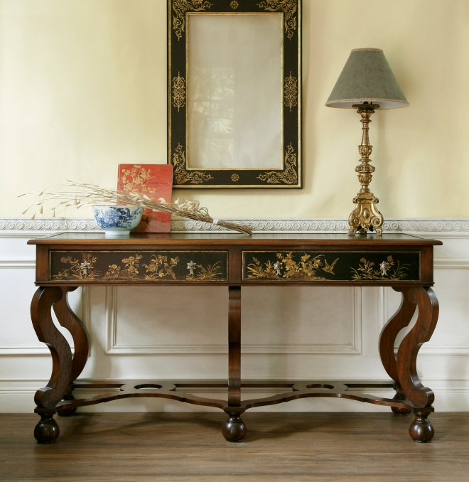 William and Mary table wpl