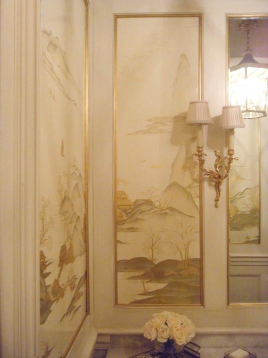 white lacquer mural on site DSCN5667_wpl
