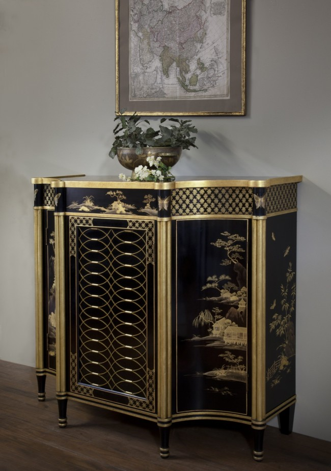 Regency lacquer cabinet 1 sideview_8512wpl